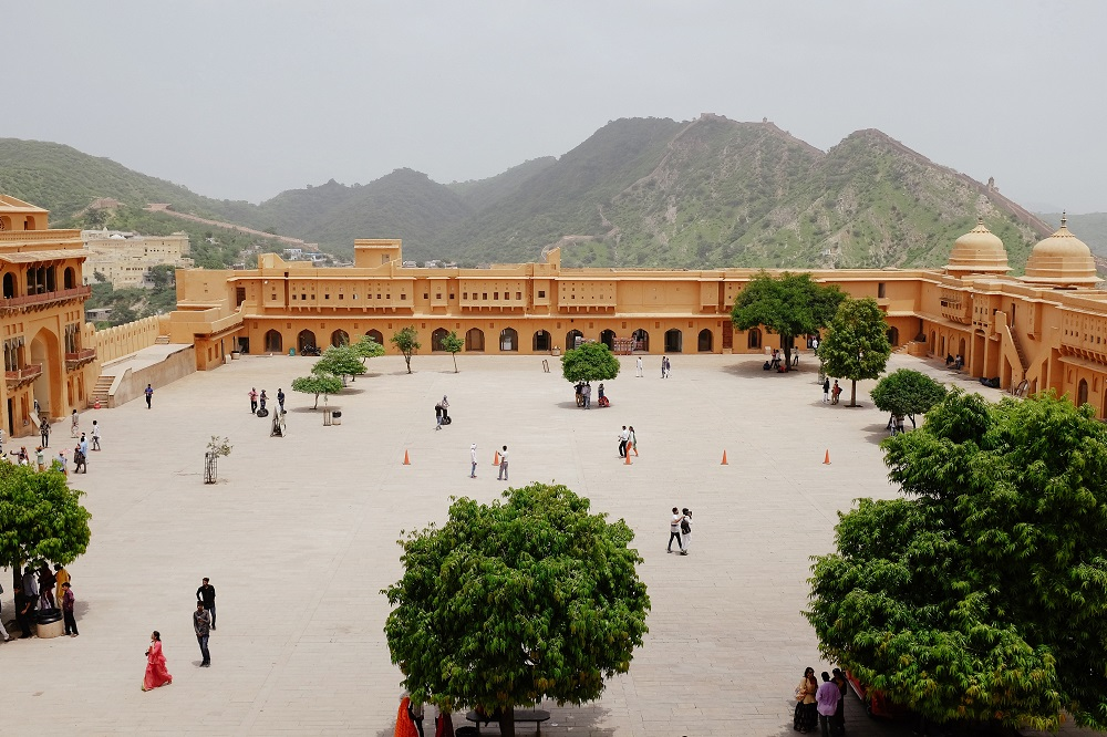 people walking across the Amber fort